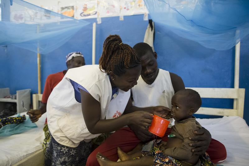 Trattamento per un bambino malnutrito